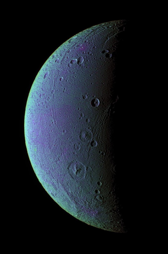 62361417350 - heressomecoolstuff saturns moon dione_2