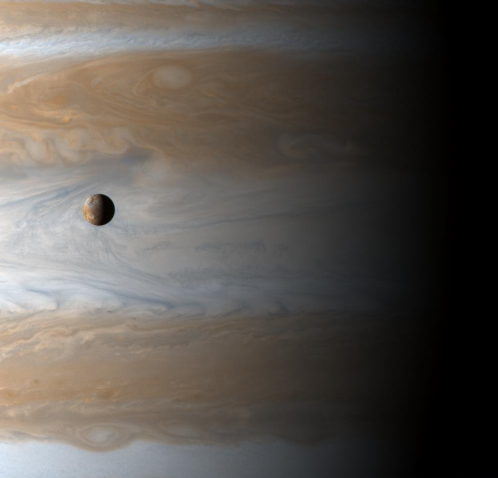 101767954526 - io moon of jupiter_1