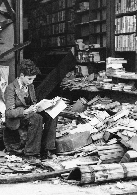 59763351776 - bookstore ruined by an air raid london 1940