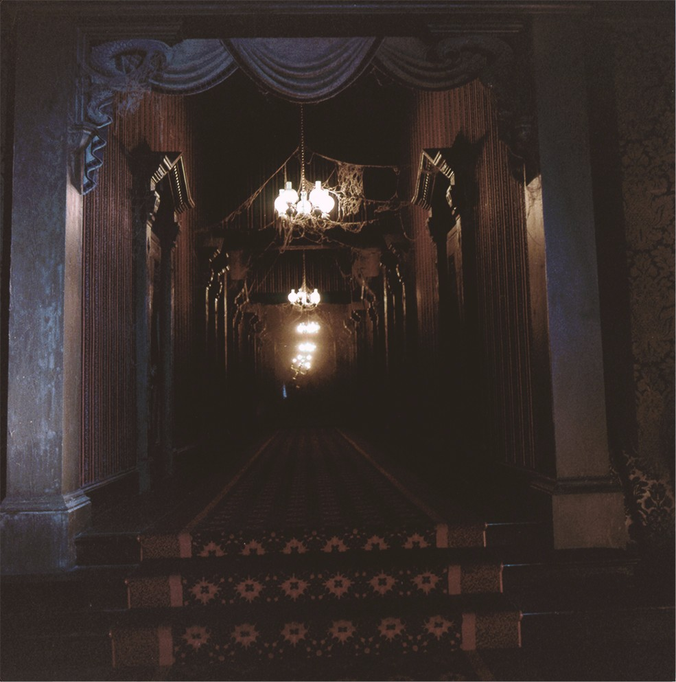 123494481866 - ghostly hallway haunted mansion